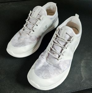 EUC Champion Sneakers Floral White Shoes Memory